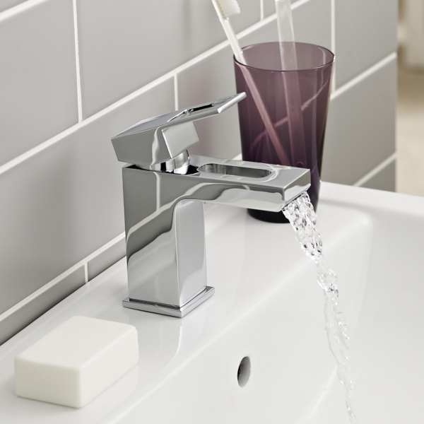 Kartell Kourt Mono Basin Mixer Tap with Free Push Button Waste